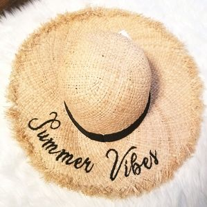 Accessories - NWT- Straw Hat Summer Vibes